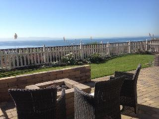 100/ Capitola Oceanfront Home *MONTHLY ONLY*