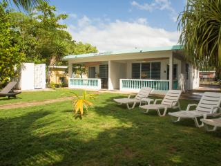 2 or 4 Bedroom BEACHFRONT HOME - Best Swimming Beach, Rincon