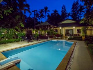Natien Beach and Garden Villa, Stunning Thai style property, very close to beach
