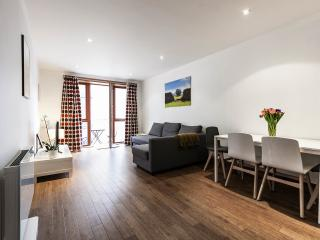 Millennium Walk - Central Dublin One Bed Apt, Dublín
