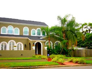 S. Tampa's Palmira Estate- with Pool and Office!