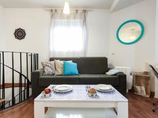 Apartamento, nuevo, en Málaga Centro con WIFI y Aire Acondicionado