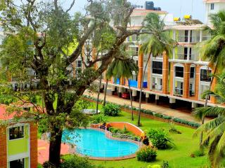 PORTO ★ Terrace Apartment ★ with Pool in Candolim