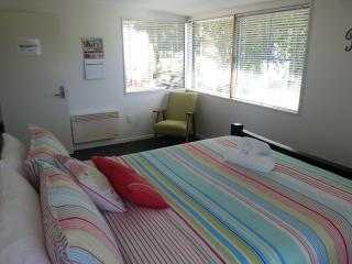 Ocean View Apartment, Dunedin, New Zealand