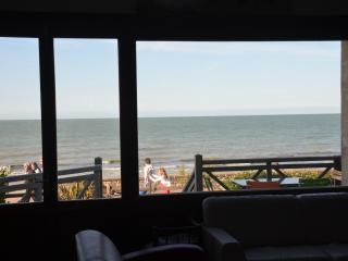 Grande Villa Familiale directement sur plage DDay
