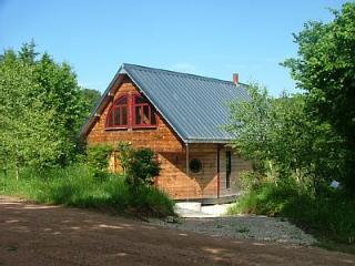 Chalet avec grand séjour et cheminée, Alligny en Morvan
