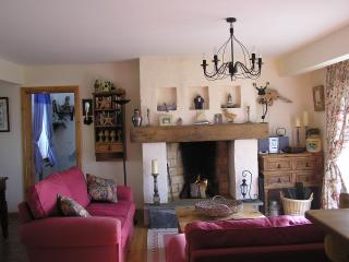 Wild Atlantic Way Cottage, Carrigaholt