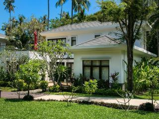 Villa 16 - Next to Beautiful Bang Por Beach, Mae Nam