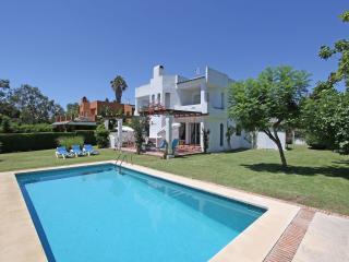 2 Villas 1line Golf heated Pool Puerto Banus 18 PE, Marbella