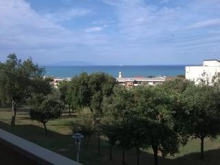 San Vincenzo (Li) delizioso trilocale vista mare