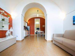 Newly refurbished 2 bedroom apartment Vico Equense