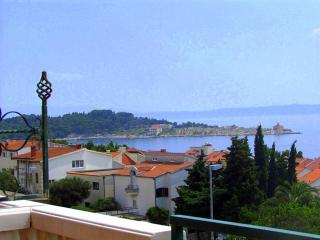 Beach apartment A5, balcony, SView, AC, WiFi, Makarska