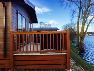 14 Misty Bay - Lake Lodge Hottub WIFI, Tattershall