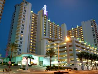 Daytona Beach Luxury Condo available 2/24/18 to 3/10/18