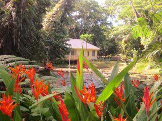 Stunning  Lillypond Villa Sekawa Beach Fiji, Savusavu