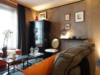 rue de Ponthieu 75008 PARIS - 108040