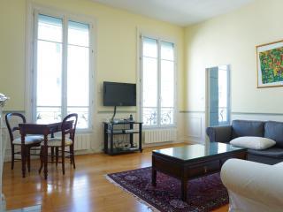 216047 - rue de Passy - PARIS 16, Neuilly-sur-Seine