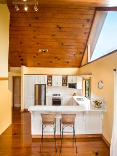 Hilli Cottage - Luxury Chef's Kitchen - 2 Bedroom Norfolk Island Luxury Accommodation