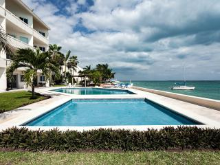 OCEAN FRONT AFFORDABLE CONDO IN CANCUN