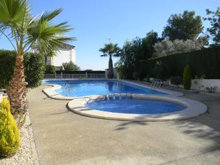 3 Bed Las Violetas Buhardilla over looking pool, Villamartín