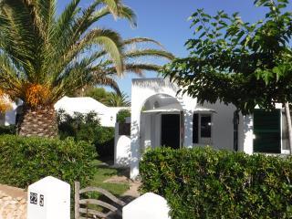 Preciosa casa Estilo Menorquin en el Cap D'Artrutx, Cala Blanca