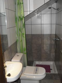 Ducha + WC Planta baja