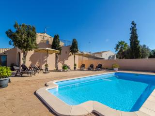 SANT BLAI VELL - Villa for 9 people in Campos