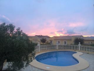 Villa MARIA.Espectacular villa con piscina privada, Benitachell