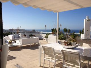 Modern spectacular penthouse wifi free Las America, Playa de Fanabe