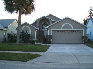 3 Bed.2 Bath Villa near Disney w.Pool from  89 US, Kissimmee