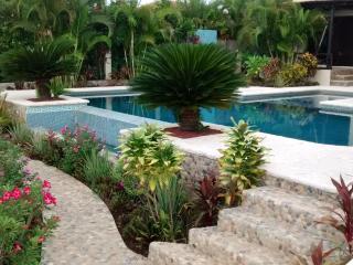 Luxurious ocenfront Villa La Joya, Puerto Escondido