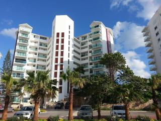 OCEAN DREAM 1 BEDROOM CONDO WITH INCREDIBLE VIEW FROM BALCONY