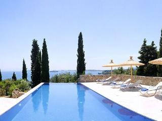 Villa Naldera by Helion Villas and Apartments