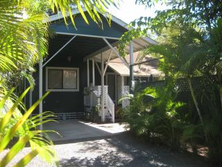 Private Plantation Bungalow Cottage near beach, Kihei