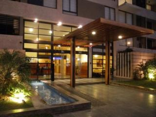 2BD, Apartment in elegant bulding in Miraflores, Lima
