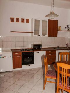 A2 Mihael(4+1): kitchen and dining room