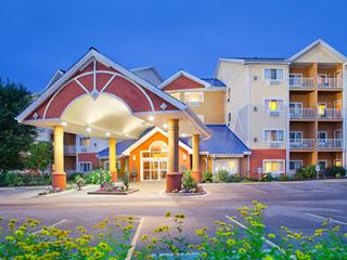 2 bedroom suite-Odyssey Dells Resort, Wisconsin Dells