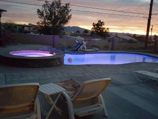 4 Bedroom home New heated pool, spa and lake view, Lake Havasu City