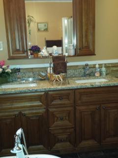 4 piece washroom
