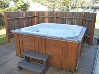 Nedonna Two - 4 Bedroom~Hot Tub~Great Beach Access, Rockaway Beach