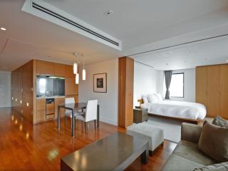 Roppongi Hills Residence D Serviced Apartment 1BR, Minato