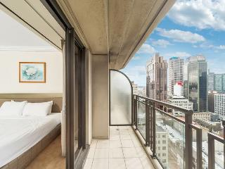 One Bedroom Luxury Apartment in Auckland CBD, Sweeping Views from Balcony of Harbour, Auckland Central