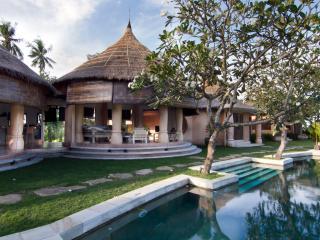 Casa Daniela Bali Bungalow Fuego, Canggu