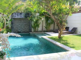 The pool of Villa dream