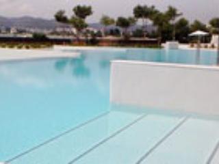 Es Pouet Lux, Ibiza Ciudad