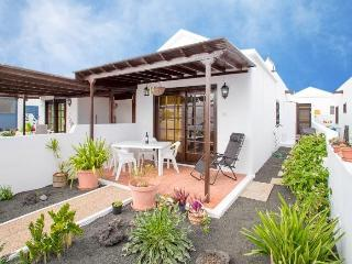 Casa Mariluz nur 30m vom großen Sandstrand in Playa Honda