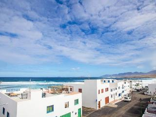 Apartment Sentido only 50m from the beach, Caleta del Caballo