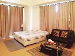 Rent Apartment Manila, Bonifacio Global City Avant