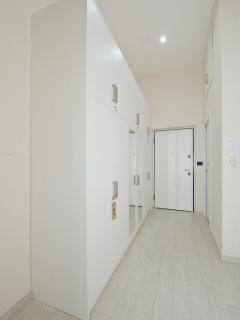 Corridoio con armadio