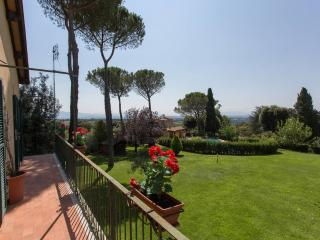 L'Antica Quercia - villa con piscina, Sacrofano